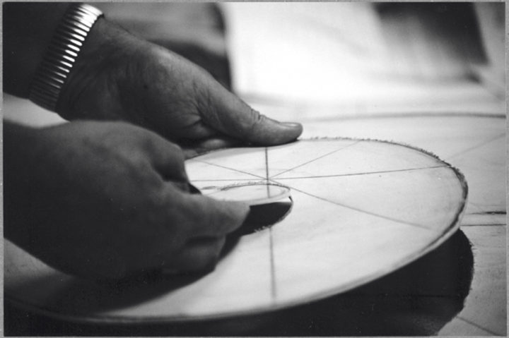 Ferrari creating wood templates for the creation of Cristalli in formazione. Tuoro sul Trasimeno, Italy, 1999. Personal photographs (four images).