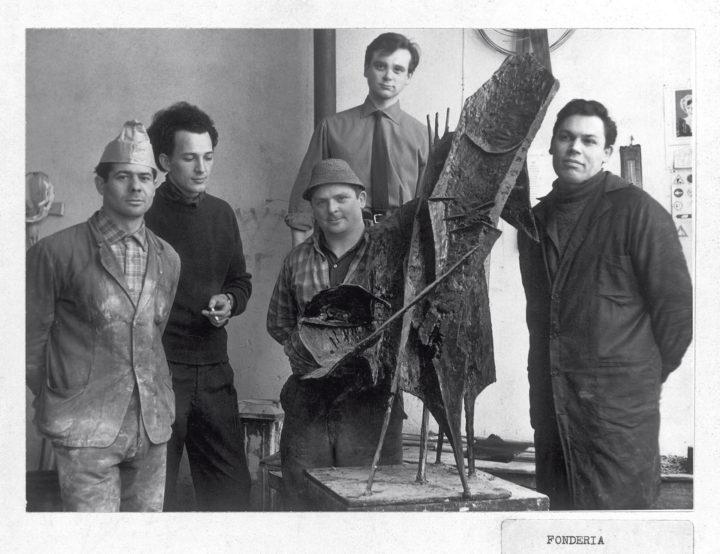 Ferrari with Novello Finotti, Fausto Bonvicini, and foundry workers with Vagabondo nello spazio