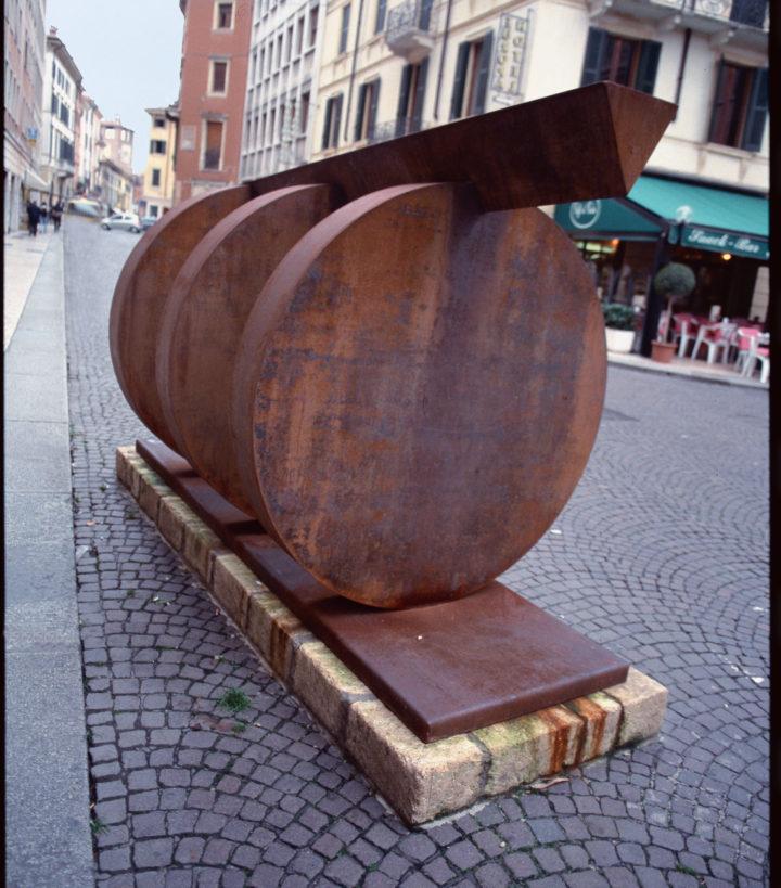 Energia, 2003, corten steel, 180 x 350 x 150 cm.  Collection of the Università degli Studi di Parma, Centro Studi e Archivio della Comunicazione (CSAC), Parma, Italy, 2009.