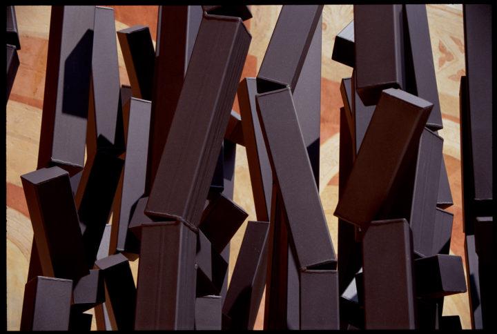 Ombre della sera, 2001, Painted steel, concrete, and stone, 360 x 250 x 250 cm.  Collection of the City of Verona, Azienda Ospedaliera Universitaria Integrata– Ospedale Borgo Trento, Polo Chirurgico Confortini, Verona, Italy, 2015.